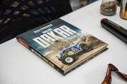 DAKAR - Kniha pokřtěná pískem z Dakaru
