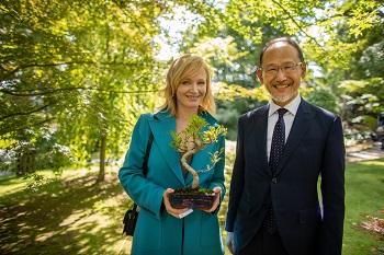 Ańa Geislerová s velvyslancem Japonska